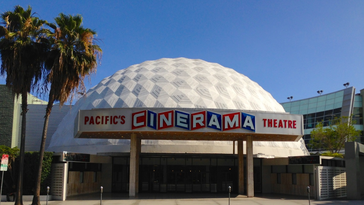 Cinerama_Dome_Closing_Arclight